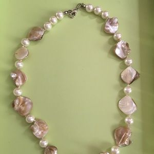 Jewelry - Genuine mother of pearl and pearl necklace